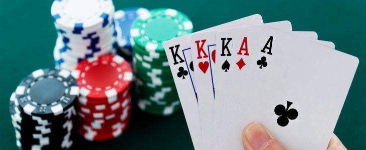 Strategi Untuk Menang Bermain Poker Online